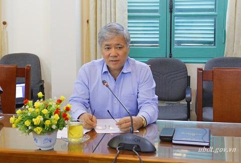 Thứ trưởng, Phó Chủ nhiệm Đỗ Văn Chiến phát biểu chỉ đạo cuộc họp